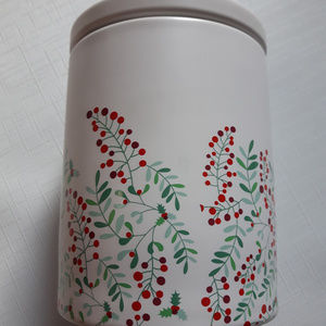 David's Tea Canister Holly Berries Pretty